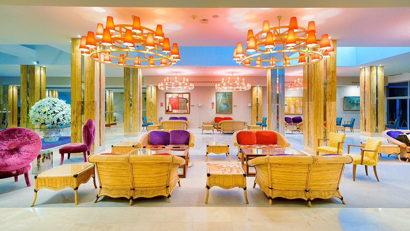 Nico-Trujillo -Circus vision - Hotel Reina Isabel